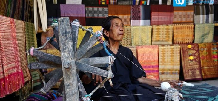 Keunikan Tradisi Suku Sasak di Desa Sade