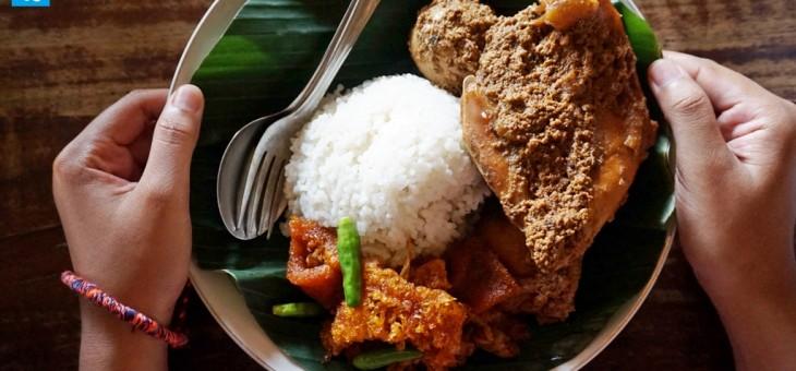 Menyantap Kuliner Klasik Khas Yogyakarta