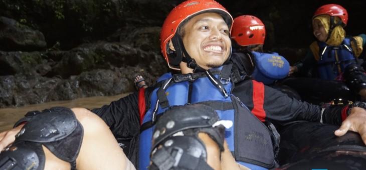 Serunya Cave Tubing Kalisuci Setelah Diguyur Hujan