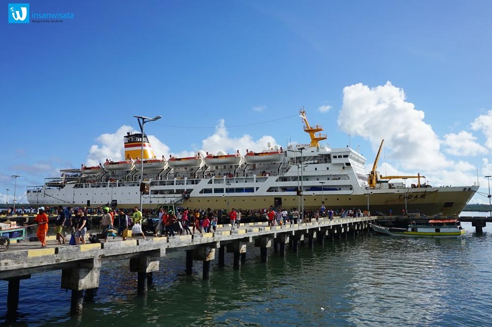 wisata pulau aru